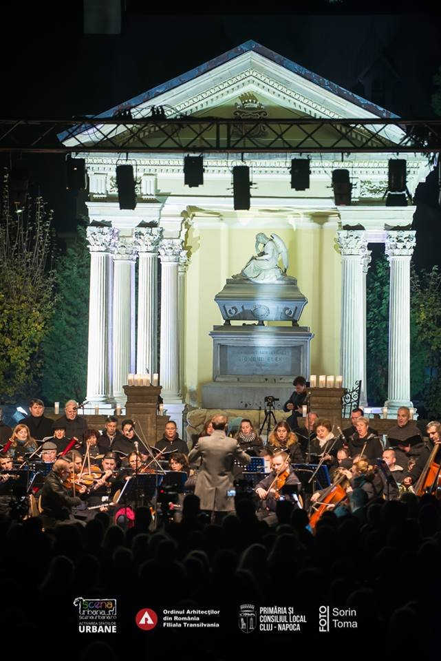 Concert în cimitir, de Luminaţie